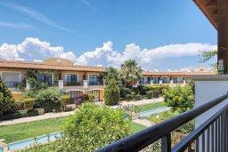 Вид. Кипр, Центр Лимассола : Прекрасный таунхаус в комплексе с двумя бассейнами, 2 спальни, 2 ванные комнаты, парковка, Wi-Fi