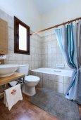 Ванная комната 2. Кипр, Каво Марис Протарас : Прекрасная вилла с бассейном и двориком с барбекю, 3 спальни, 2 ванные комнаты, парковка, Wi-Fi