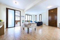Гостиная. Кипр, Каво Марис Протарас : Прекрасная вилла с бассейном и двориком с барбекю, 3 спальни, 2 ванные комнаты, парковка, Wi-Fi