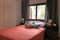 Спальня. Кипр, Ларнака город : Апартамент с гостиной, тремя спальнями и террасой
