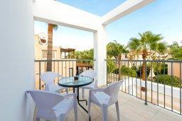 Балкон. Кипр, Декелия - Ороклини : Апартамент с гостиной, отдельной спальней и балконом