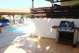 Территория. Кипр, Пернера Тринити : Прекрасная вилла с бассейном и двориком с барбекю, 3 спальни, парковка, Wi-Fi