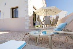Территория. Кипр, Каво Марис Протарас : Прекрасная вилла с бассейном и двориком с барбекю, 3 спальни, 2 ванные комнаты, парковка, Wi-Fi