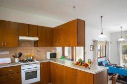 Кухня. Кипр, Коннос Бэй : Уютная вилла с зеленым двориком и барбекю, 2 спальни, парковка, Wi-Fi
