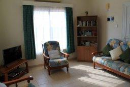 Гостиная. Кипр, Ионион - Айя Текла : Уютная вилла с бассейном и приватным двориком, 3 спальни, 2 ванные комнаты, парковка, Wi-Fi