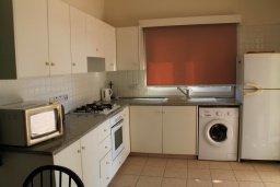 Кухня. Кипр, Ионион - Айя Текла : Уютная вилла с бассейном и приватным двориком, 3 спальни, 2 ванные комнаты, парковка, Wi-Fi