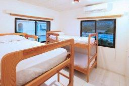 Спальня 3. Кипр, Каво Марис Протарас : Прекрасная вилла с 3-мя спальнями, 2-мя ванными комнатами, с зелёным садом, тенистой террасой с патио и барбекю,   расположена всего в 5 минутах ходьбы от живописного пляжа Green Bay Beach