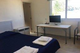 Спальня. Кипр, Каво Марис Протарас : Прекрасная вилла с бассейном и двориком с барбекю, 4 спальни, 3 ванные комнаты, парковка, Wi-Fi