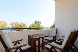Балкон. Кипр, Гермасойя Лимассол : Апартамент в 30 метров до пляжа, большая гостиная, 2 спальни, балкон с видом на море