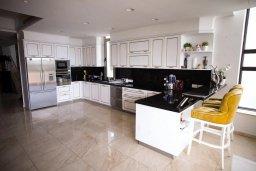 Кухня. Кипр, Каво Марис Протарас : Роскошная вилла в 100 метрах от пляжа с бассейном и видом на море, 5 спален, 4 ванные комнаты, парковка, Wi-Fi