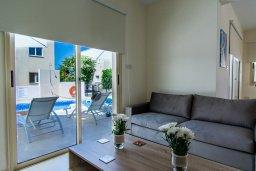 Гостиная. Кипр, Полис город : Потрясающая вилла с бассейном и двориком с барбекю, 3 спальни, 3 ванные комнаты, парковка, Wi-Fi