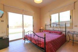 Спальня. Кипр, Айя Марина Хрисохус : Превосходная вилла с бассейном и двориком с барбекю, 4 спальни, 3 ванные комнаты, парковка, Wi-Fi