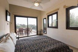 Спальня. Кипр, Писсури : Прекрасная вилла с бассейном и двориком с барбекю, 5 спален, 7 ванных комнат, парковка, Wi-Fi