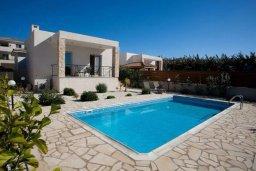Фасад дома. Кипр, Си Кейвз : Прекрасная вилла с бассейном, 5 спален, 4 ванные комнаты, парковка, Wi-Fi