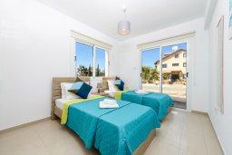 Спальня 3. Кипр, Нисси Бич : Современная вилла с 3-мя спальнями, бассейном, солнечной террасой с патио, барбекю и садом на крыше