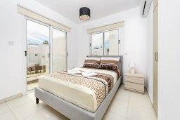 Спальня 2. Кипр, Нисси Бич : Современная очаровательная вилла с 3-мя спальнями, бассейном, солнечной террасой с патио, барбекю и садом на крыше