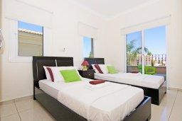Спальня 3. Кипр, Каппарис : Потрясающая двухэтажная вилла с 3-мя спальнями, с бассейном, окруженным красивым садом и барбекю