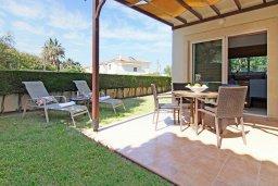 Территория. Кипр, Коннос Бэй : Великолепная вилла с видом на море, с 3-мя спальнями, с бассейном, тенистой террасой с патио, lounge-зоной и барбекю, расположена в прибрежной зоне Протараса