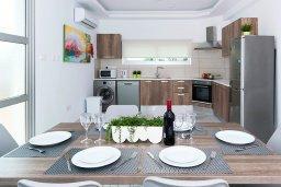 Кухня. Кипр, Каппарис : Современная вилла с бассейном и двориком с барбекю, 3 спальни, 2 ванные комнаты, парковка, Wi-Fi