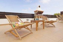 Территория. Кипр, Санрайз Протарас : Роскошная вилла с видом на Средиземное море, с 2-мя спальнями, с бассейном, тенистой террасой с патио и каменным барбекю, расположена в тихом месте Протараса