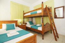 Спальня 2. Кипр, Пернера Тринити : Уютная вилла с 2-мя спальнями, бассейном, тенистой террасой с патио и барбекю, расположена всего в 250 метрах от пляжа Trinity Beach