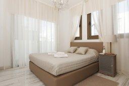 Спальня. Кипр, Пернера Тринити : Современная вилла с 4-мя спальнями, 3-мя ванными комнатами, бассейном и приватным двориком с барбекю, расположена недалеко от пляжа Ayia Triada Beach