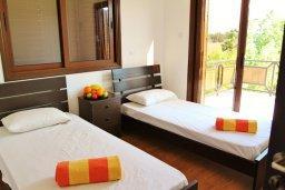 Спальня 2. Кипр, Декелия - Ороклини : Уютная вилла с бассейном и приватным двориком, 4 спальни, 2 ванные комнаты, парковка, Wi-Fi
