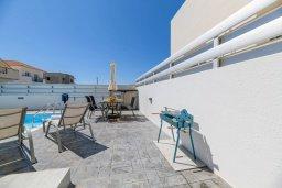 Территория. Кипр, Ксилофагу : Восхитительная вилла с бассейном и двориком с барбекю, 3 спальни, 3 ванные комнаты, парковка, Wi-Fi