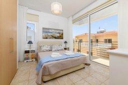 Спальня. Кипр, Пернера Тринити : Прекрасная вилла с 2-мя спальнями, бассейном, солнечной террасой с патио и традиционным кипрским барбекю, расположена в Ayia Triada