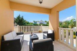 Патио. Кипр, Декелия - Ороклини : Потрясающая вилла с видом на Средиземное море, с 4-мя спальнями, 3-мя ванными комнатами, с бассейном, солнечной террасой с патио и барбекю, расположена рядом с пляжем Yanathes Beach