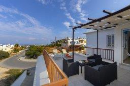 Кипр, Санрайз Протарас : Современный апартамент с захватывающим видом на море и окрестности Протараса, с гостиной, двумя спальнями и большим балконом, расположен в тихом популярном районе Profitis Elias Hill