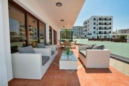Патио. Кипр, Санрайз Протарас : Шикарная вилла с видом на Средиземное море, с 5-ю спальнями, с бассейном, джакузи, сауной, тенистой террасой с патио, барбекю и уличным баром, расположена около пляжа Fig Tree Bay