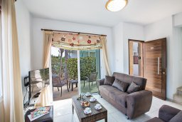 Гостиная. Кипр, Пернера Тринити : Прекрасная вилла с бассейном и двориком с барбекю, 2 спальни, парковка, Wi-Fi
