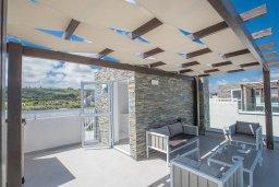 Патио. Кипр, Фиг Три Бэй Протарас : Современная вилла с 4-мя спальнями, с бассейном, тенистой террасой с патио и барбекю, расположена недалеко от залива Fig Tree Bay