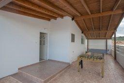 Терраса. Кипр, Санрайз Протарас : Прекрасная вилла с бассейном и двориком с барбекю, 3 спальни, парковка, Wi-Fi
