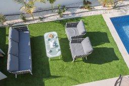 Патио. Кипр, Санрайз Протарас : Современная вилла с 3-мя спальнями, 3-мя ванными комнатами, с бассейном,и приватным двориком с тенистой террасой с патио и барбекю, расположена недалеко от пляжа Sunrise Beach