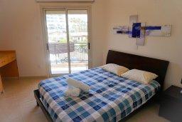 Спальня. Кипр, Св. Рафаэль Лимассол : Прекрасная вилла в 100 метрах от пляжа в комплексе с бассейном, 2 спальни, терраса, Wi-Fi
