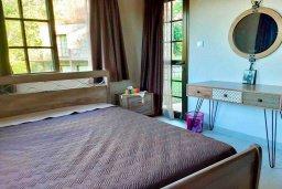 Кипр, Платрес : Роскошная каменная вилла в горах с тремя спальнями в тихом районе Платрес