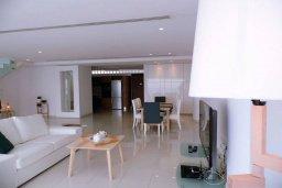 Кипр, Ларнака город : Люкс апартамент 3 спальни с видом на море в центре Ларнаки