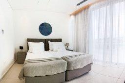 Спальня 2. Кипр, Центр Айя Напы : Шикарный пентхаус с 3-мя спальнями, с балконом, расположен в современном комплексе с бассейном в центре Ayia Napa