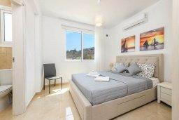 Спальня 2. Кипр, Каво Марис Протарас : Современная вилла с террасой на крыше с видом на Средиземное море, с 4-мя спальнями, с бассейном, патио и барбекю, расположена недалеко от пляжей  Konnos Bay и Fig Tree Bay