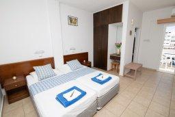 Спальня 2. Кипр, Санрайз Протарас : Милая студия с уютным балконом, расположена в самом центре Протараса в 350м от песчаного пляжа Sunrise Beach