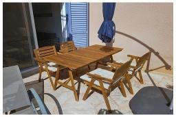 Патио. Кипр, Пафос город : Очаровательная вилла с 2-мя спальнями, с солнечной террасой с патио, расположена в комплексе с бассейном всего в 500 метрах от моря
