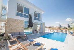 Вид на виллу/дом снаружи. Кипр, Санрайз Протарас : Современная вилла с видом на Средиземное море, с 4-мя спальнями, с бассейном, солнечной террасой с патио и барбекю, расположена недалеко от пляжа Sunrise Beach