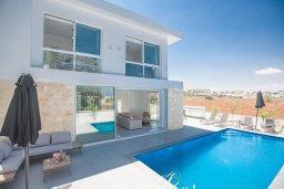 Бассейн. Кипр, Санрайз Протарас : Современная вилла с видом на Средиземное море, с 4-мя спальнями, с бассейном, солнечной террасой с патио и барбекю, расположена недалеко от пляжа Sunrise Beach