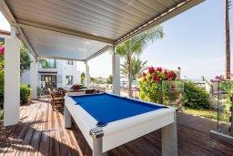 Беседка. Кипр, Аргака : Волшебная вилла с панорамным видом на море и горы, с 3-мя спальнями, с бассейном с подогревом, беседкой, настольным теннисом и бильярдом, в окружении пышного зелёного сада, расположена в тихом и спокойном районе у подножия деревни Аргака