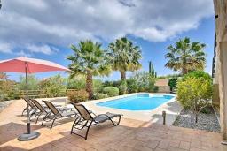 Бассейн. Кипр, Лачи : Потрясающая вилла с панорамным видом на море, с 3-мя спальнями, с бассейном, солнечной террасой с патио и барбекю, расположена в тихом живописном районе в Latchi