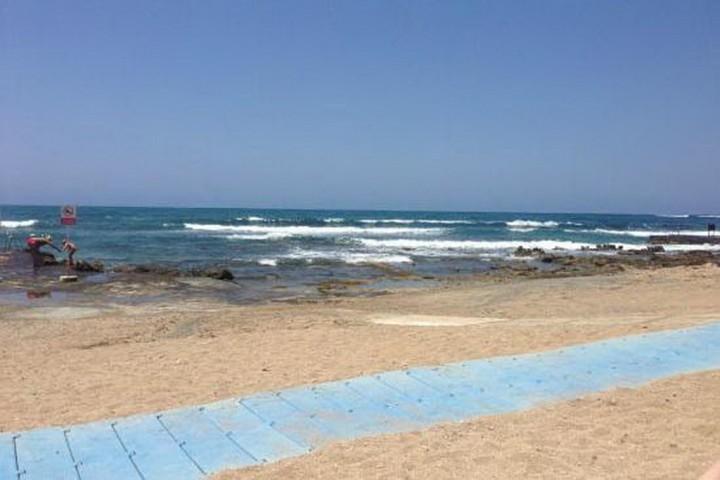 Пляж Kefalos beach в Пафосе