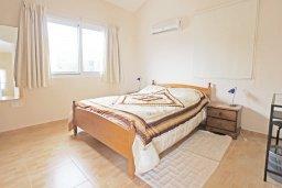 Спальня 2. Кипр, Коннос Бэй : Комфортабельная двухэтажная вилла с 3-мя спальнями, с открытым бассейном, садиком и BBQ