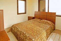Спальня. Кипр, Ионион - Айя Текла : Дом с восхитительно обустроенной территорией,  с 3-мя спальнями, с бассейном и уютной террасой